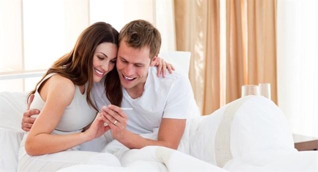 كيف يتم الاخصاب بين الرجل والمراة , ماهي كيفية عملية