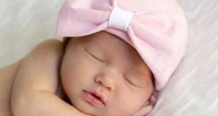 صورة صورة طفل نائم , الاطفال تشبه الملائكه