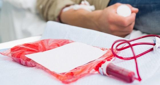صورة فوائد التبرع بالدم للمدخنين , تبرعك بالدم يجعلك تنقذ حياة انسان