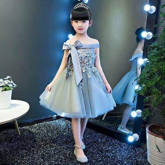 صورة فساتين للعيد بنات , ملابس بنات رقيقة باطلالات رائعة وجميلة 298 1