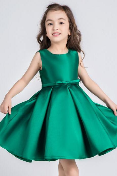 صورة فساتين للعيد بنات , ملابس بنات رقيقة باطلالات رائعة وجميلة 298 6