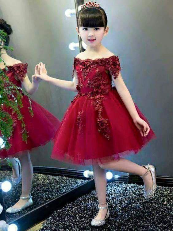 صورة فساتين للعيد بنات , ملابس بنات رقيقة باطلالات رائعة وجميلة 298 7