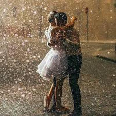صورة صور لعشاق تحت المطر , احلى صورة معبرة عن فصل الشتاء