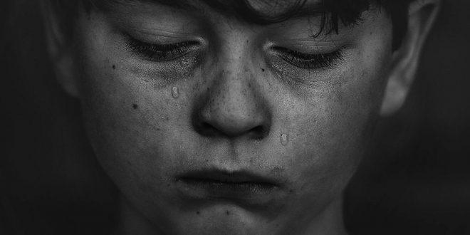 صور من هو اليتيم , هل اليتيم اللى بتموت امه فقط ولا امه وابوه