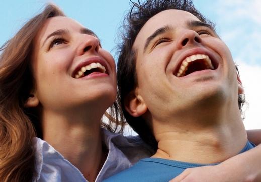 صورة كيف يقع الرجل في حب المراة , ازاى تخلى جوزك يحبك بجنون