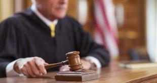 صورة رؤية القاضي في المنام , تفسير حلم مشاهدة محاكمة وقضاه